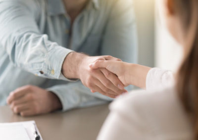 Advice on the separation of an important consultant