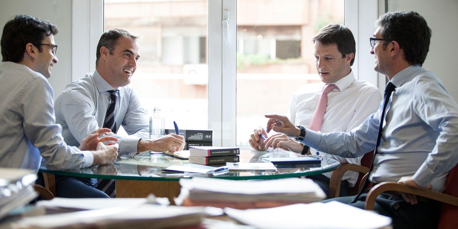 reunion-abogados