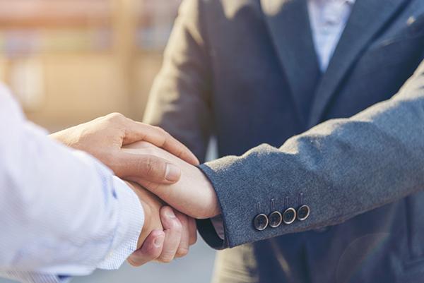 Negociación de indemnizaciones por resolución y clientela